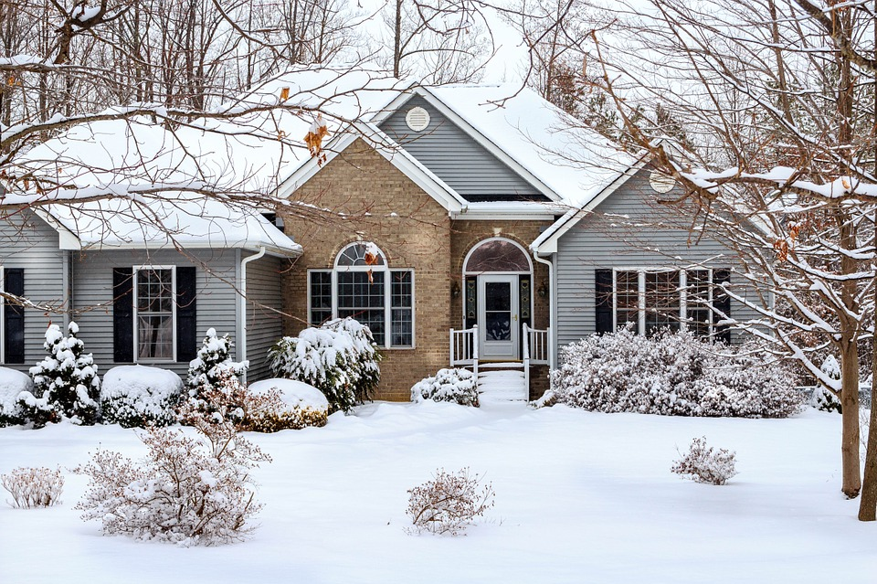 4 Tasks for Winterizing Your Franklin Home